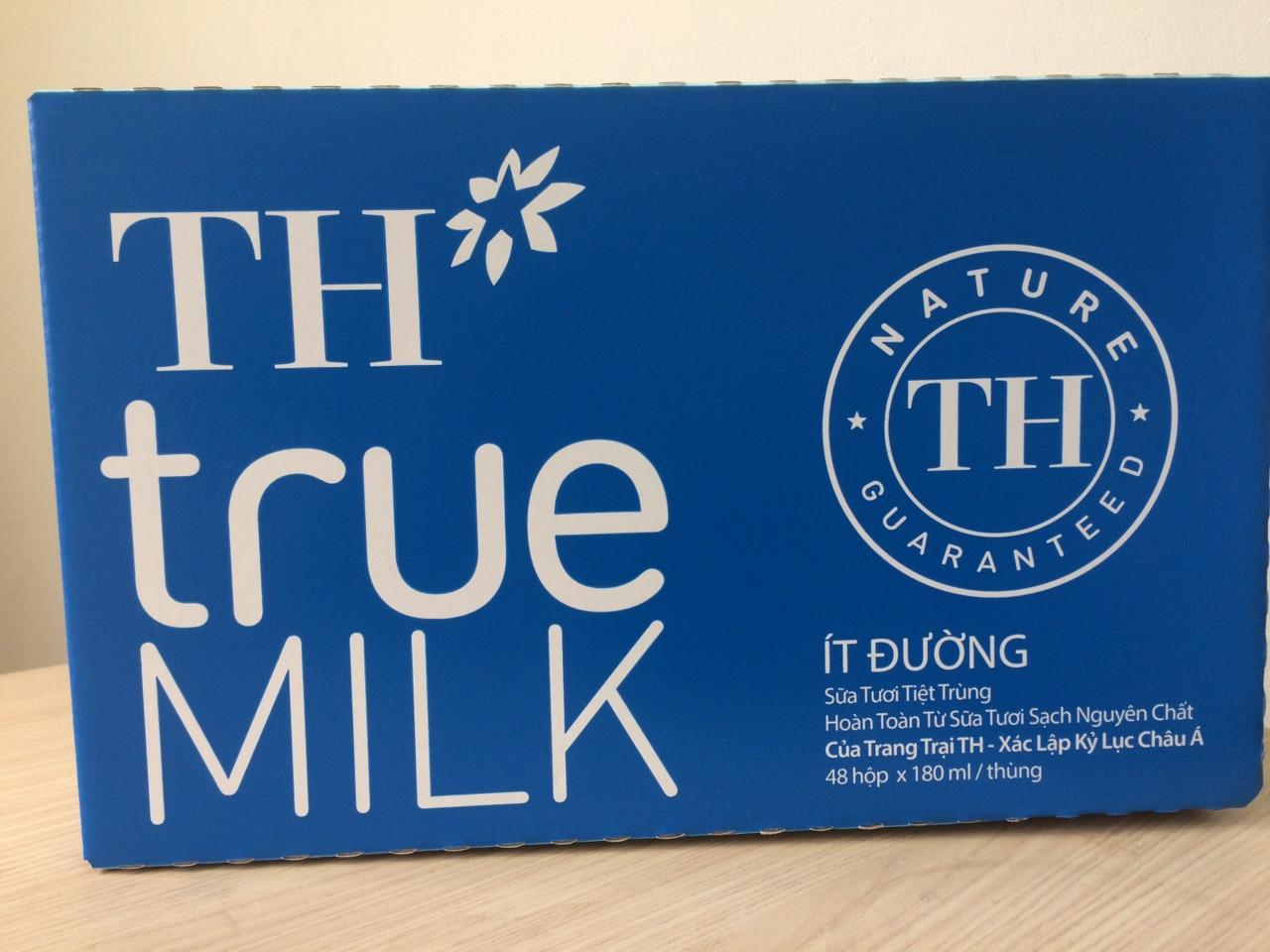 Thùng sữa chua tiệt trùng ít đường
